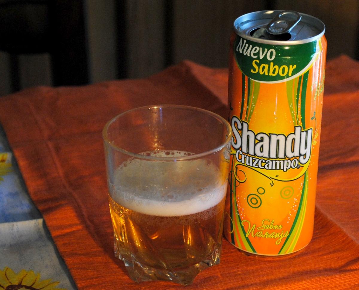 Probando el nuevo sabor de Shandy: Cerveza con naranja... #shandynaranja