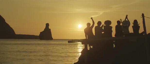 """La canción del anuncio """"Estrella Damn"""" 2015, """"Vale"""" - Maia Vidal - Our Place"""